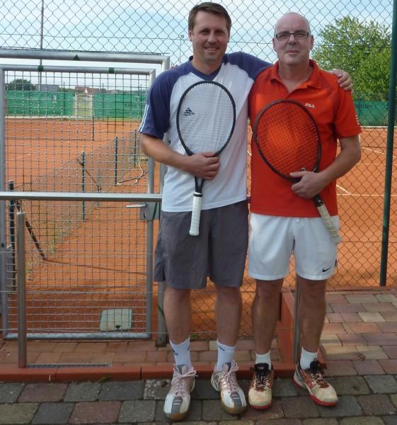 Rainer Pöhmerer und Vereinsmeister Klaus Wein