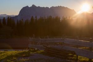 Unsere TSV SKi-Abteilung war wieder zu Ihrer jährlichen Bergtour unterwegs... Info und tolle Bilder seht Ihr auf der Abteilungs-Homepage der Ski-Abteilung unter NEWS...